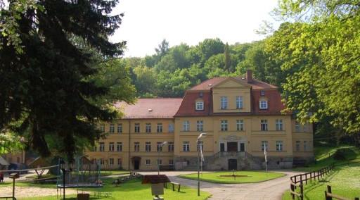Stiftung Kinderheim Harkerode ÜBER UNS